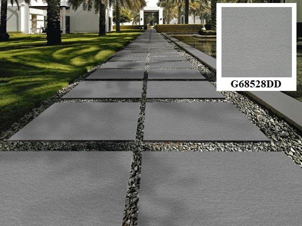 Gạch lát sân vườn màu xám 60x60 Taicera G68528DD giúp không gian ngoại thất trở nên nổi bật hơn