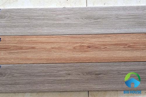 gạch giả gỗ màu sáng