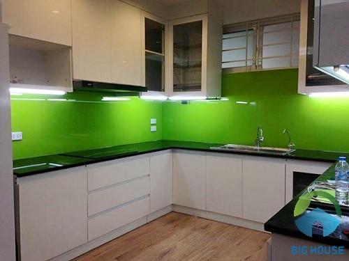 gạch ốp tường màu xanh lá