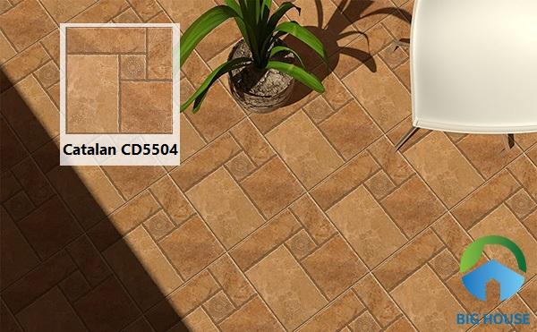 Gạch Catalan CD5504 50x50 là lựa chọn tuyệt vời để lát sân. Họa tiết đơn giản nhưng không kém phần tinh tế