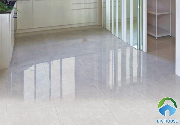 Gạch bóng kiếng mang đến vẻ đẹp sang trọng và hiện đại cho không gian sử dụng